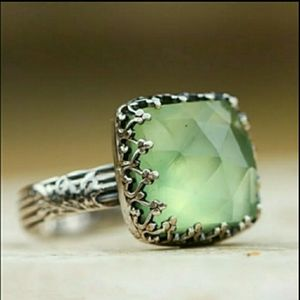 ❤3/$15 Silver Ring Sea Green Square Stone Size 9